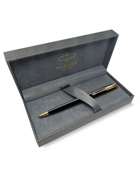 Parker Sonnet Ballpoint Pen - Black Lacquer with Gold Trim (1931497)